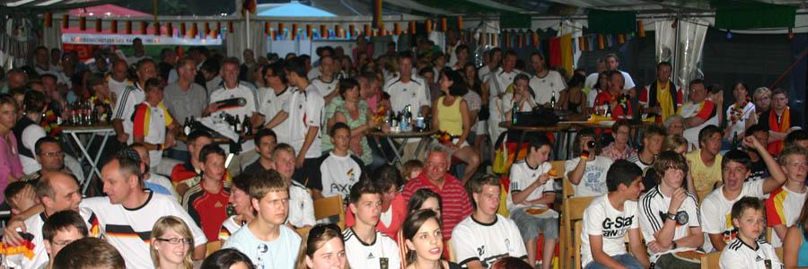 EM 2016: Alle DEUTSCHLAND Spiele ab 16.06. + das FINALE - Fußball Public Viewing auf Hoferhof